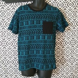 On The Byas Tribal Print Graphic Tshirt Sz Medium
